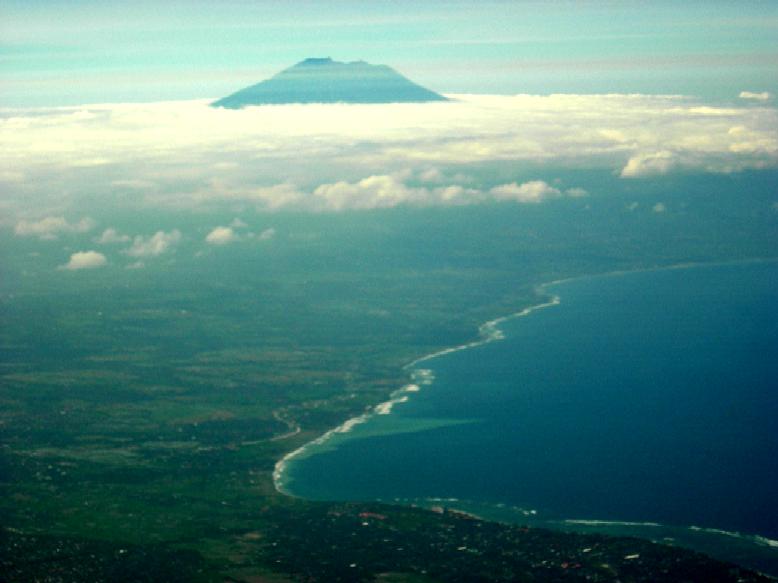 Mt Agung Bali.jpg