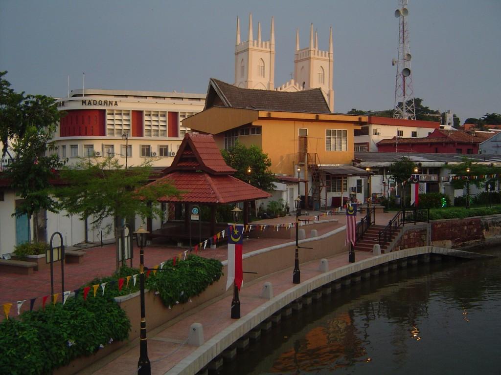 Melaka_riverside